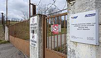 Hlavní vjezd do muničního skladu ve Vrběticích na Zlínsku. Snímek byl pořízen v...