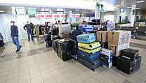 Odlet vyhoštěnıch ruskıch diplomatů z ruzyňského letiště.