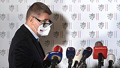 Premiér Andrej Babiš na mimořádné tiskové konferenci.