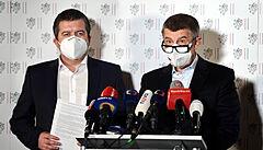 Premiér Andrej Babiš a první místopředseda vlády Jan Hamáček  na mimořádné...