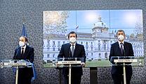 Tisková konference k vıvoji v kauze Vrbětice. Zprava předseda vlády Andrej...