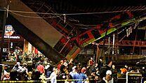 Tragická nehoda mexického metra má kromě obětí na životech také přes sedm...