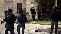 Při střetech v Jeruzalémě bylo zraněno nejméně 163 lidí.