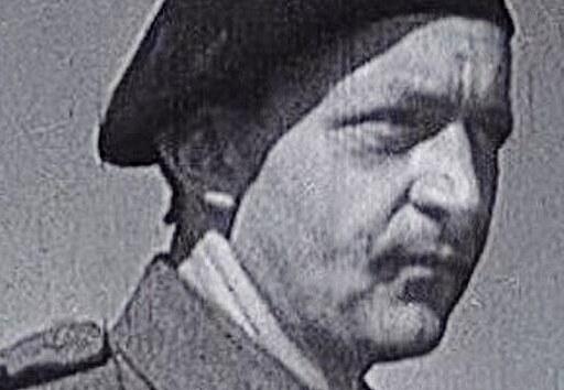 S kamerou v bojujícím Chebu. Nadporučík Miroslav Tiller dokumentoval osvobození...