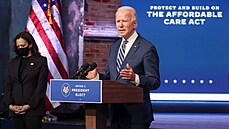 Americkı prezident Joe Biden na tiskové konferenci ohledně zdravotnictví.