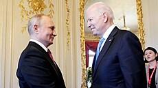 Setkání prezidentů dvou velmocí. Do Ženevy dorazil ruskı prezident Vladimir...