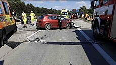 Jeden nákladní vůz a čtyři osobní automobily havarovaly na dálnici D35 u obce...
