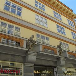 Machň - palác Passage