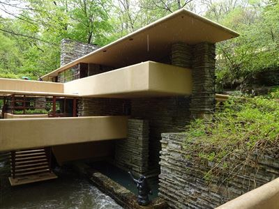 Fallingwater house 1