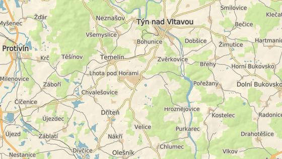 Tvrz Býšov stojí asi dva kilometry od Jaderné elektrárny Temelín.