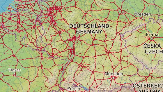 Německá policie pátrá po muži, který údajně spáchal trestné činy postupně v Saarbrückenu (červená), Bergu (modrá) a Windischeschenbachu (šedá).