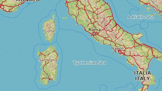 Ostrůvek Budelli leží mezi Korsikou na severu a Sardinií na jihu.