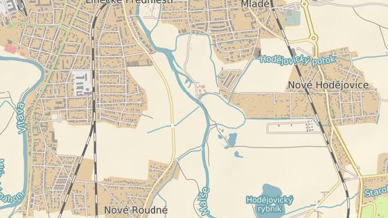 Spor se týká pozemků v okolí Plavské ulice mezi Českými Budějovicemi a Novým Roudným.