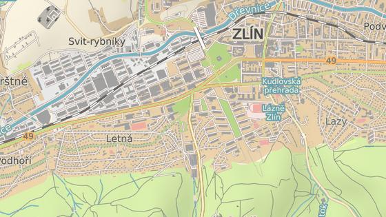 Křižovatka ulic Mostní a Březnická patří ve Zlíně mezi mimořádně frekventované.