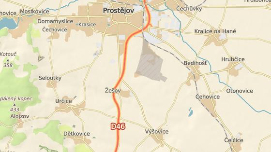 Most ve velmi špatném stavu překlenuje dálnici D46 u Žešova poblíž Prostějova.