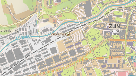 Dvacátá ulice (červená značka) v bývalém baťovském areálu ve Zlíně je na neurčitou dobu uzavřená kvůli propadnuté cestě.