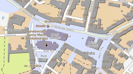Blok domů v severní části Horního náměstí v Opavě se nejspíše změní.