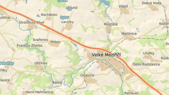 Nehoda se stala na výjezdu z Velkého Meziříčí směrem na Jihlavu.