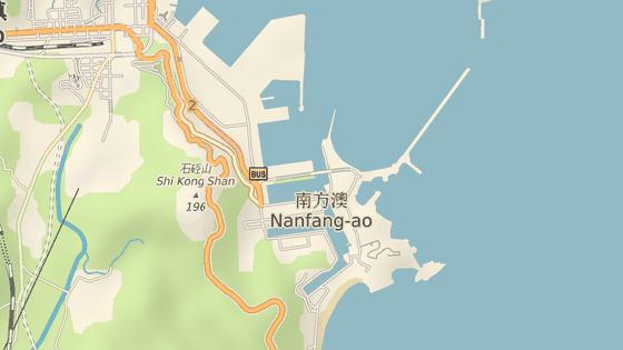 Most v přístavním městě Nanfangao.