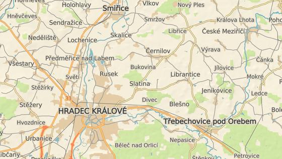 Nehoda uzavřela silnici mezi Libřicemi a Černilovem na víc než tři hodiny.