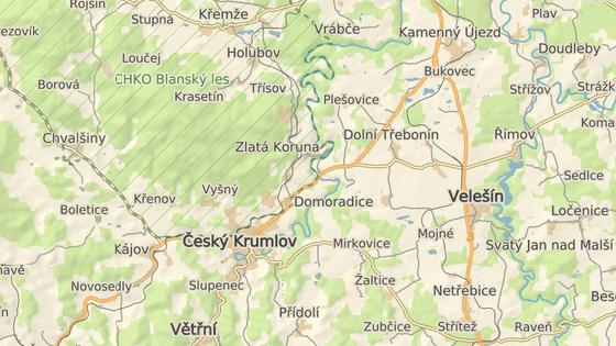 Nehoda se stala mezi obcemi Třísov a Plešovice na Českokrumlovsku.