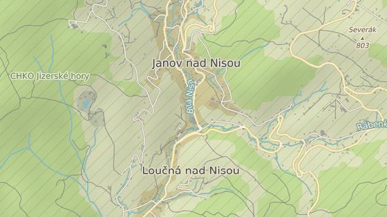 Přkladiště stojí v dolní části Janova naproti známé sklárně.