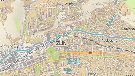 Silničáři budou opravovat Dlouhou ulici ve Zlíně - konkrétně úsek cesty od divadla (červená značka) po řeku Dřevnici (modrá).