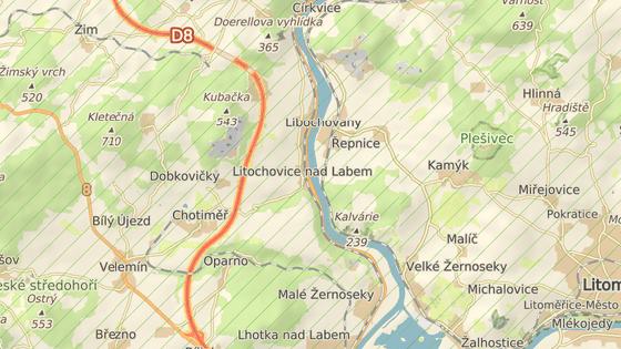Hasiči dohašují požár hlavně v okolí obce Litochovice