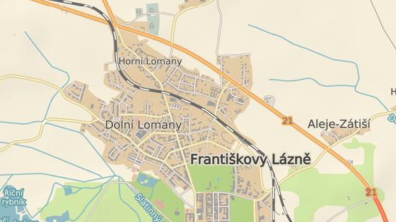 Řidič srazil chodkyni mezi Horními Lomany a Františkovými Lázněmi.
