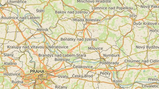 Letadla ze středočeských Vodochod (červená) létají při testech na Jičínsko.