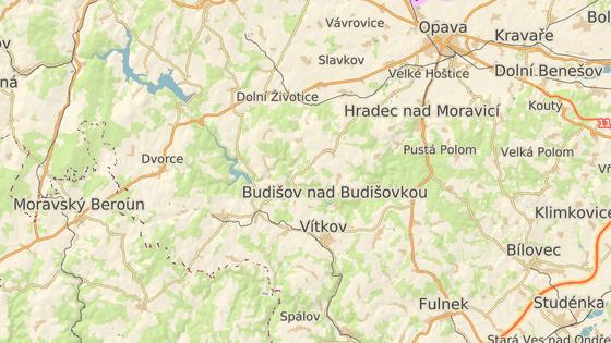 Lokalita Zálužné leží asi dvacet kilometrů jihozápadně od Opavy.