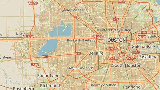 Přehrada Addicks, která leží na hraně Cullen parku v západní části Houstonu