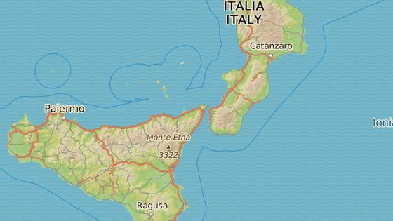 Sopka Stromboli je součástí stejnojmenného ostrova v Tyrhénském moři.
