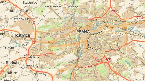 Policie v pondělí ráno vyjela k nehodě kamionů u Rozvadovské spojky (modrá značka), k nehodě na Jižní spojce u lanového mostu (červená značka) a nehodě na Pražském okruhu (zelená značka).