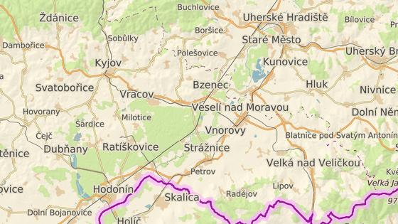 Na silnici I/55 u Sudoměřic zemřeli při srážce osobního auta s kamionem čtyři lidé.