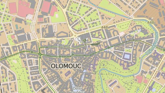 Olomoucká koalice a opozice se opakovaně střetávají kvůli rekonstruované podobě ulic v centru. Nejnověji kvůli ulici 8. května (modře), dříve šlo zase o třídu 1. máje (zeleně).