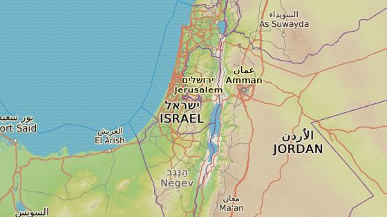 Do izraelsko-jordánské úmluvy patří pozemky nedaleko Menachemji (červená) a Cofaru (modrá).