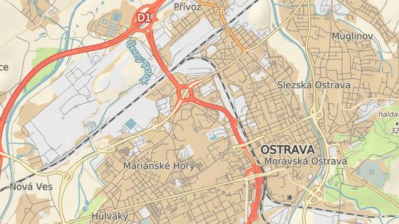 Ropné laguny leží poblíž hustě osídlených částí Ostravy.