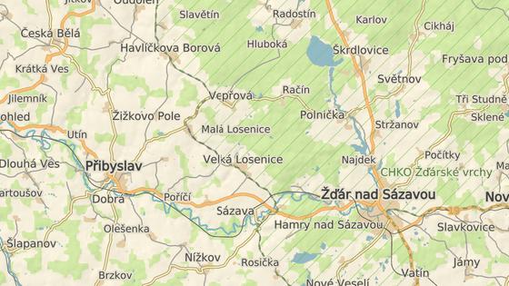 Račínem vede objížďka kvůli uzavírce hlavního tahu ze Žďáru nad Sázavou na Přibyslav.