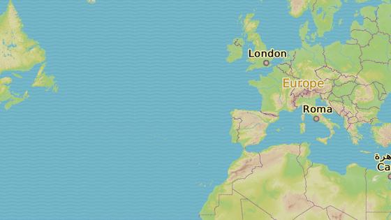 Letadlo mířilo z britského Manchesteru (červený špendlík) do Funchalu na ostrově Madeira (šedá). Letadlo nouzově přistálo v portugalském Portu (modrá).