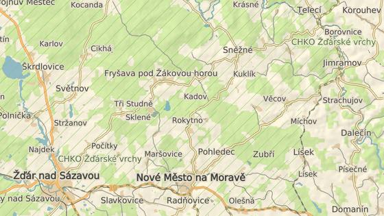 Sanitáři se opilce podařilo zastavit mezi obcemi Kuklík a Rokytno na Žďársku.