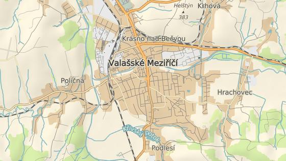 Vandal zničil stromy v ulicích Sokolská (červená značka) a 1. máje (modrá značka).