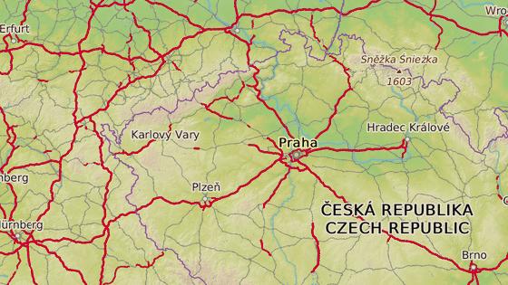 Zloděj ukradl auto v jihočeském Písku (červený terčík) a zadrželi ho o několik hodin později v poblíž Mostu (modrý terčík).