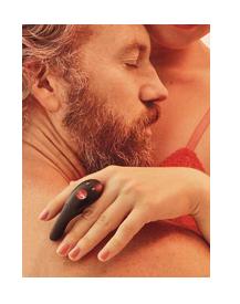 mini vibrátor BE.ONE na prstu