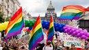 Vrcholem Pride je pochod městem, který začíná na Václavském náměstí. (Foto z...