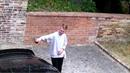 Takhle Petr V ničil Landovo auto.