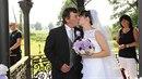 Nesměla chybět první pusa novomanželů.