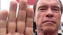 Arnold je v Praze.