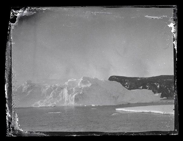 I před 100 lety byla Antarktida nehostinnou ledovou pustinou.