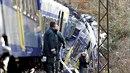 V Bavorsku se čelně srazily dva vlaky.
